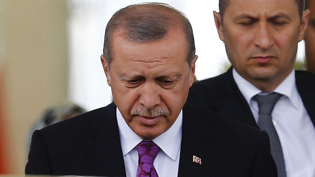 AKP ganha eleições na Turquia mas estabilidade é ameaçada: novas eleições são cenário possível