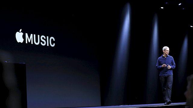 """أبل تزيح الستار عن نظام التشغيل """"أي أوأس9"""" وتعلن عن خدمة جديدة للموسيقى"""