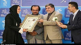 اهدای گواهینامه هنری ارشاد به سینماگران ایران