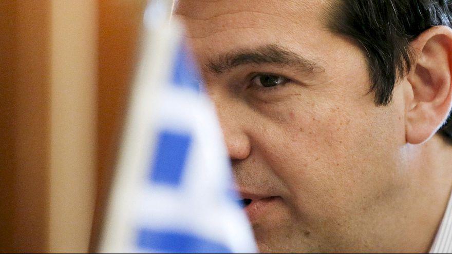 """Nuovo piano della Grecia ai creditori su conti pubblici e debito. Tsipras ottimista ma """"no a taglio pensioni e sussidi"""""""