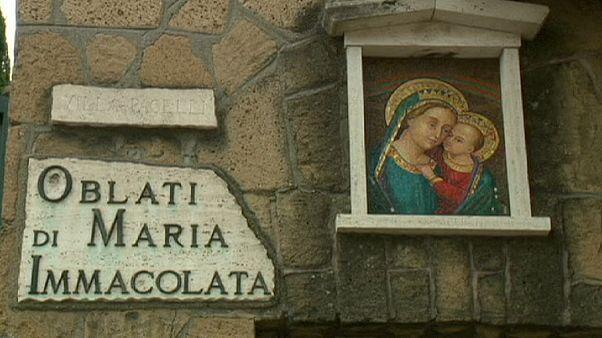 Dos monjas pasan todo el fin de semana atrapadas en un ascensor en Roma