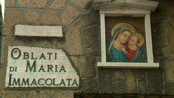 Roma'da rahibelerin asansörle imtihanı