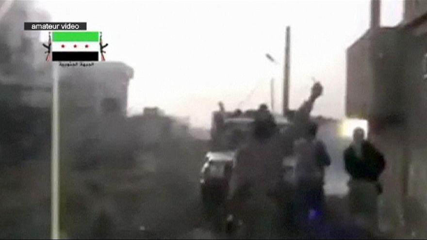 Rebeldes sírios tomam base importante no sul do país
