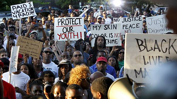 Pool party outcry: US police officer resigns
