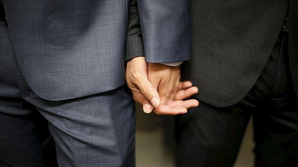 Ελλάδα: Σύμφωνο συμβίωσης και για ομόφυλα ζευγάρια