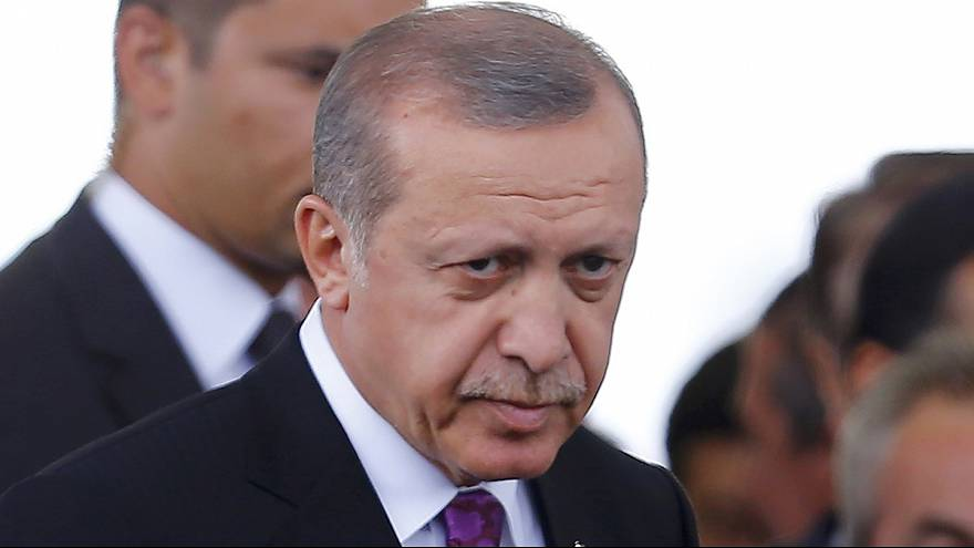 No Turkish delight for Erdogan, and Apple Music and ApplePay expand