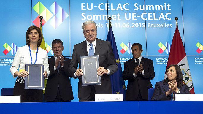 EU-CELAC: Vízummentesség Peruval és Kolumbiával