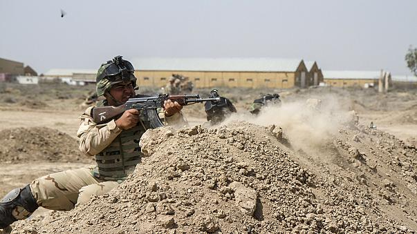 أمريكا سترسل 450 عسكريا لدعم القوات العراقية