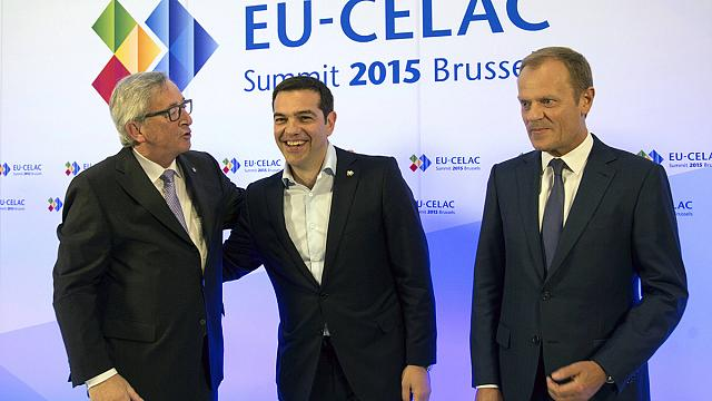 مراقبون أوروبيون: لقاء رئيس وزراء اليونان ورئيس المفوضية الأوروبية محاولة أخيرة لحل أزمة الديون اليونانية