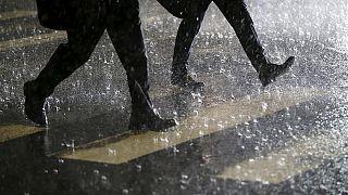 أمطار طوفانية في جنوب شرق اليابان