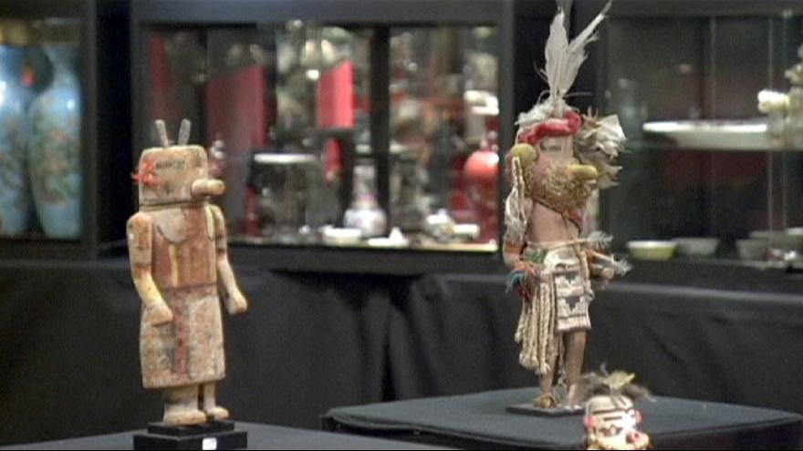 """بيع مقتنيات مقدسة لقبيلتين من """"الهنود الحمر"""" في مزاد بباريس"""