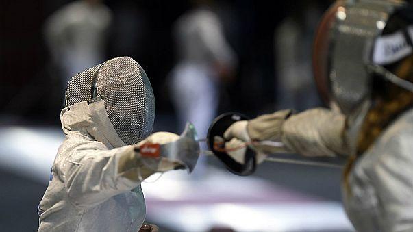 مردان آلمانی فاتح ماده سابر مسابقات شمشیربازی اروپا