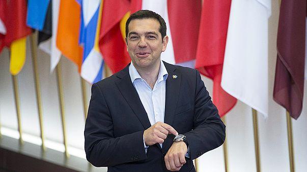 Pressions sur la Grèce et la Hongrie