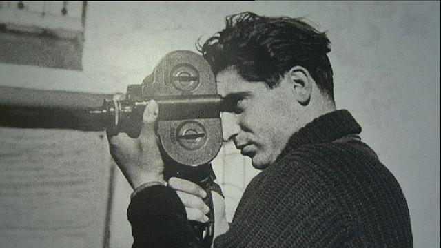Robert Capa'nın bilinmeyen fotoğrafları sergilendi
