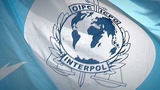 Interpol aisla aún más a la FIFA
