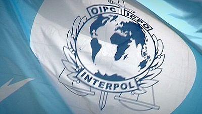 Interpol corta com a FIFA