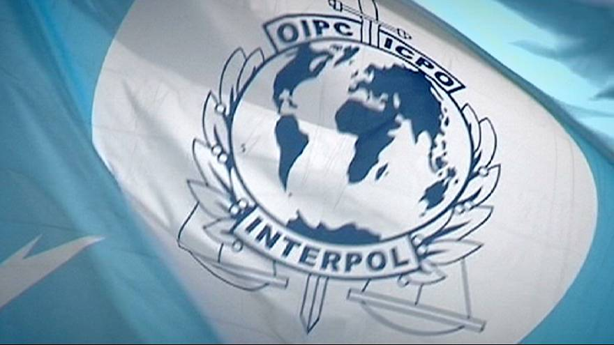 Interpol corta com a FIFA