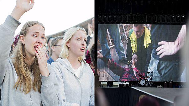 Koncert közben törte el a lábát a Foo Fighters énekese