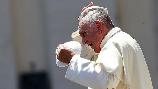 Папа римский встретится в Парагвае с геями и лесбиянками