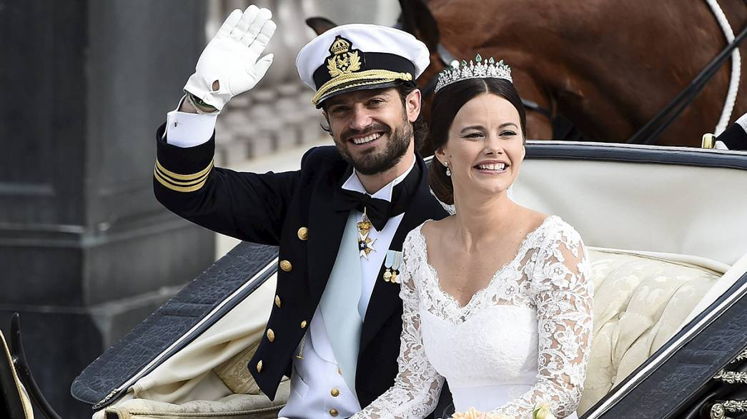 [Pictures] Sweden's Prince Carl Philip weds former reality TV star and model