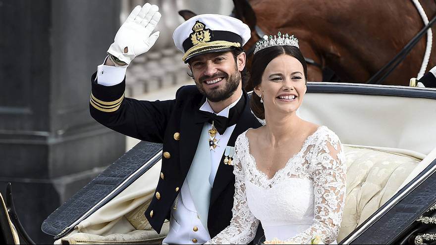 الأمير السويدي كارل فيليب يعقد قرانه على عارضة الأزياء السابقة صوفيا هيلكفيست