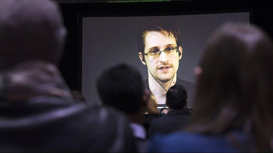 Espiões britânicos retirados de operações após revelações de Edward Snowden