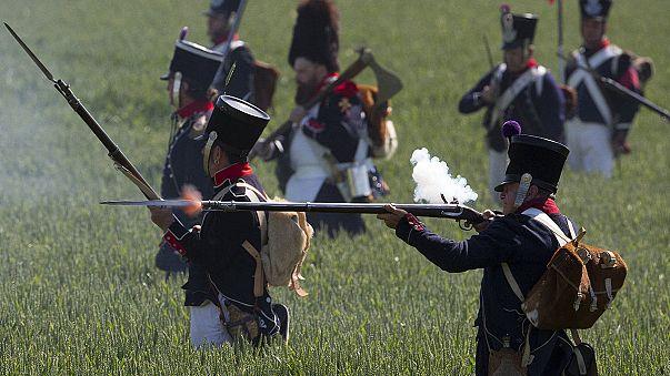 Ligny: 1.600 Freiwillige stellen Napoleons letzten Sieg nach