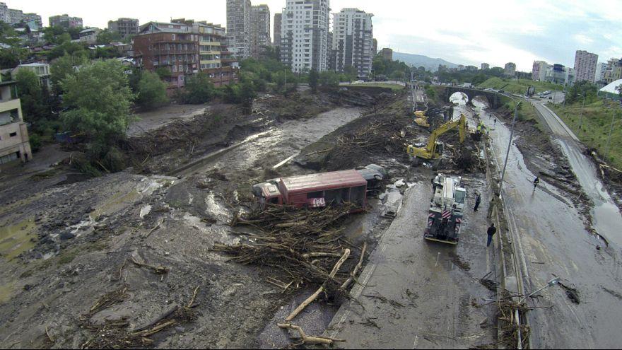 Özönvíz és pusztulás a grúz fővárosban