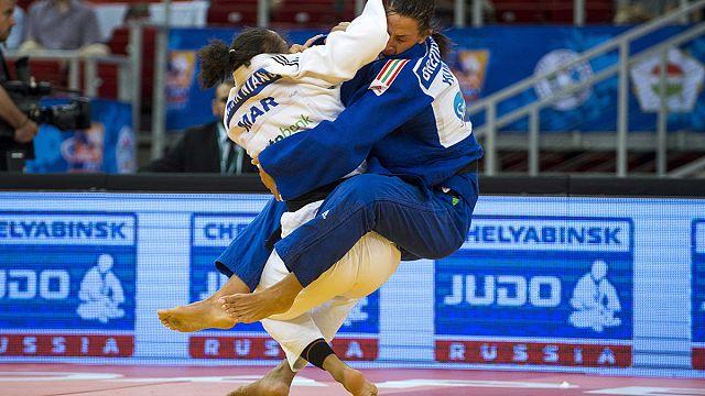 Олимпийская чемпионка Кайла Харрисон победила в Будапеште