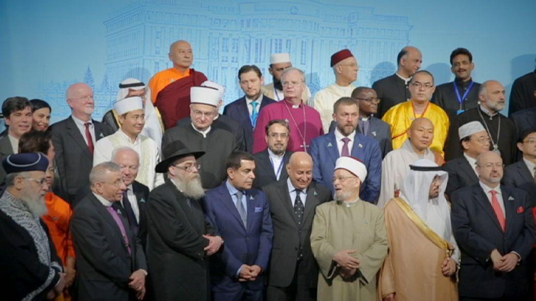 Líderes religiosos discuten cómo poner fin a la violencia extremista