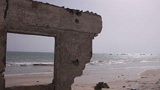 Quand la mer grignote la Petite-Côte du Sénégal...
