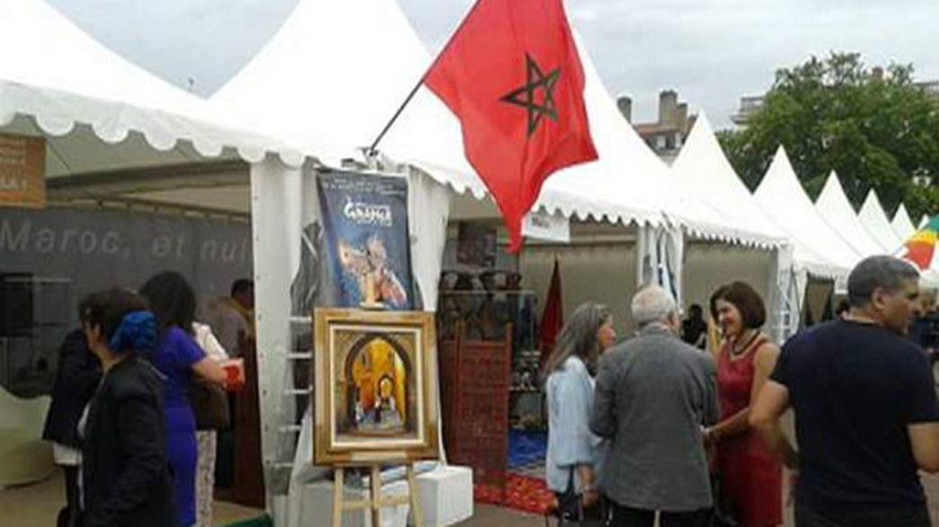 رواق المغرب يخطف الأضواء بمهرجان القنصليات بمدينة ليون