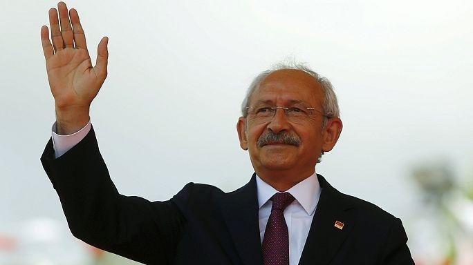 Törökország: Az AKP-t kihagynák a kormányalakításból