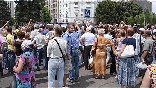 Manifestation à Donetsk pour réclamer la fin des violences en Ukraine