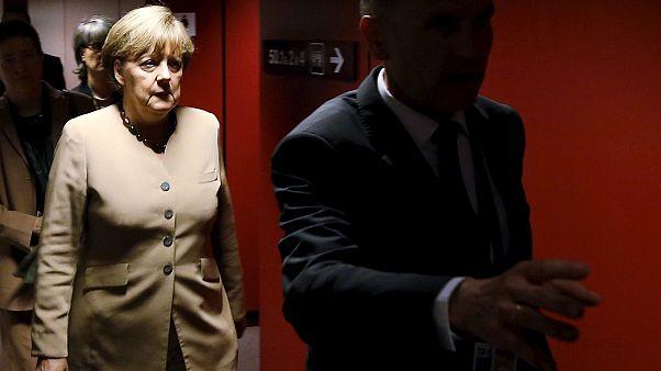 Μέρκελ: Θέλω να κάνω τα πάντα για να μείνει η Ελλάδα στο ευρώ