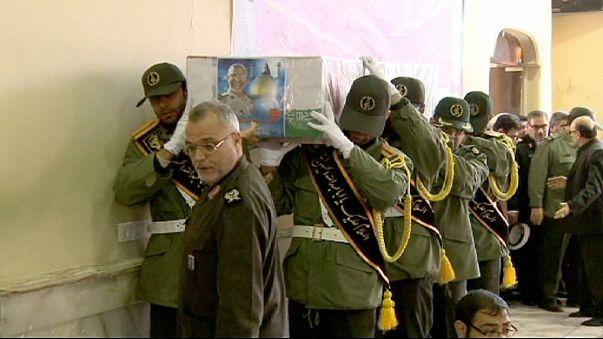 Иран хоронит своих героев... 30 лет спустя