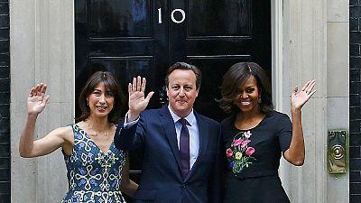Michelle visita Cameron para promover educação de meninas em zonas de conflito