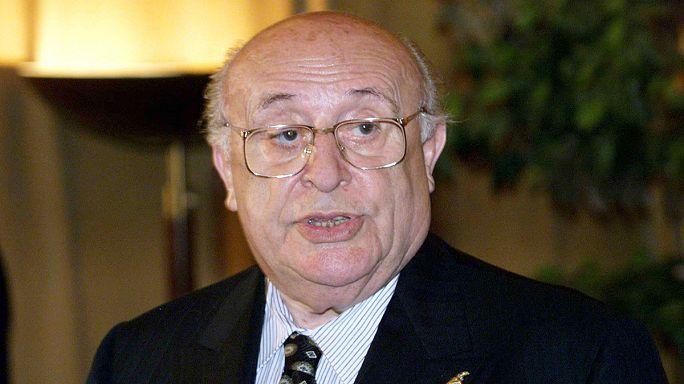 وفاة سليمان ديميريل الرئيس التركي الأسبق