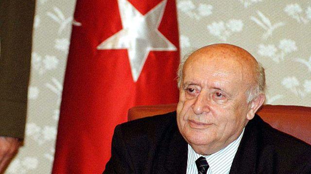 Türk siyasetinin 'babası' öldü