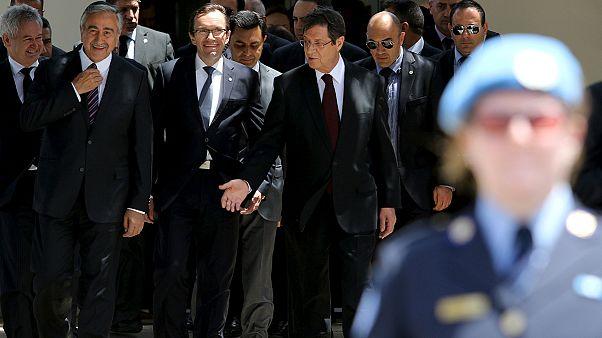 Κύπρος: Νέα συνάντηση Αναστασιάδη και Ακιντζί στις 29 Ιουνίου - Δεν ανακοίνωσαν ΜΟΕ