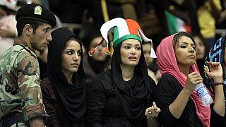 نگاهی به موانع حضور زنان ایران در ورزشگاهها