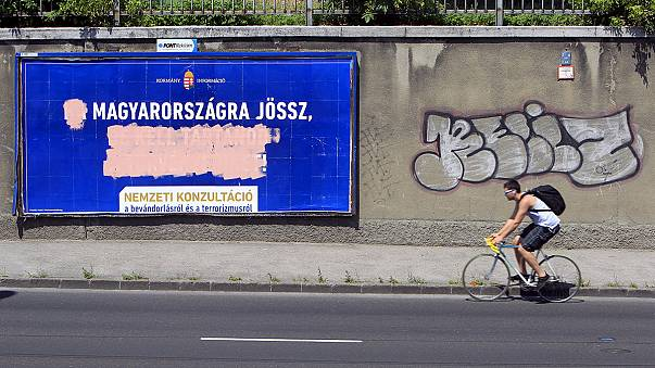 UNHCR starts poster campaign in Hungary to counter government anti-migrant initiative