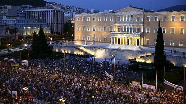 Gregos na rua contra austeridade