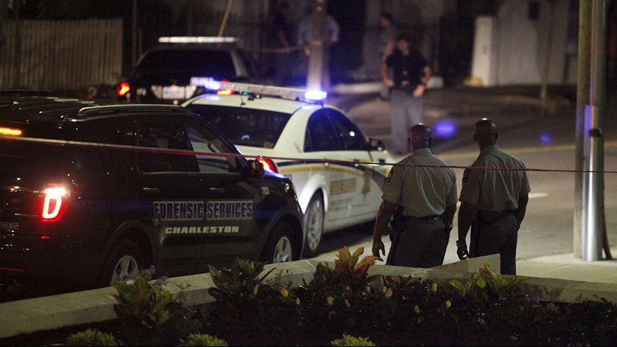 Un homme ouvre le feu dans une église noire à Charleston : 9 morts