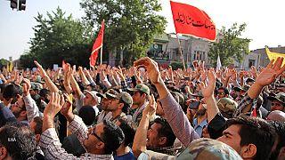 اعتراض به سوء استفاده سیاسی از مراسم تشییع غواصان جان باخته در جنگ