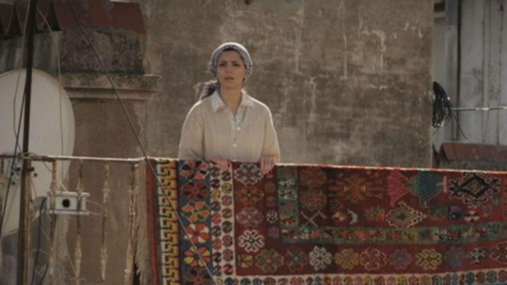 Die Dachterrassen von Algier: Kaleidoskop einer komplexen Gesellschaft.