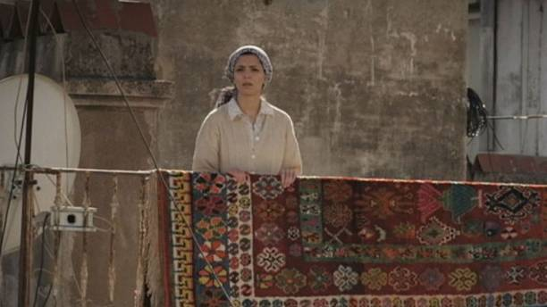 """The Rooftops"" - a film which casts a critical eye on Algerian society from the rooftops of Algiers"