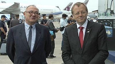 Zwei ESA-Chefs, Weltraumprojekte und grüne Männchen
