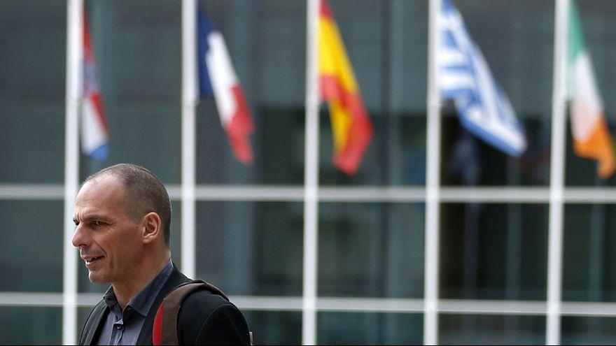 Euro Bölgesi liderleri Yunanistan için acil olarak toplanıyor