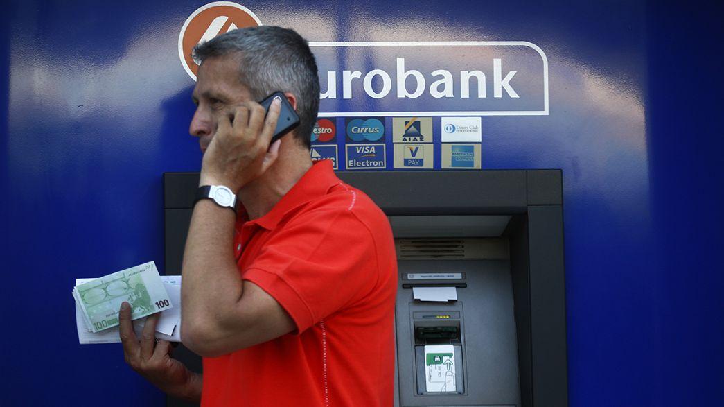 Grécia: levantamentos bancários atingem valores recorde